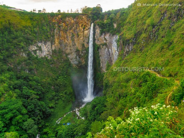 Sipisopiso Waterfall