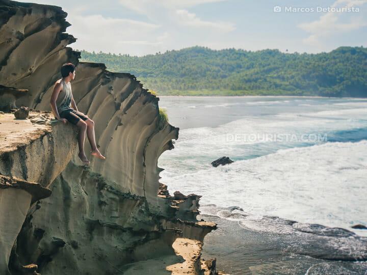 Marcos at Magasang Rock Formations in Biri, Samar, Philippines