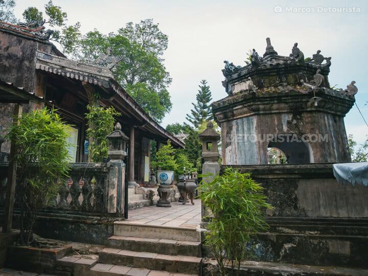 Hon Chen Temple in Hue, Vietnam