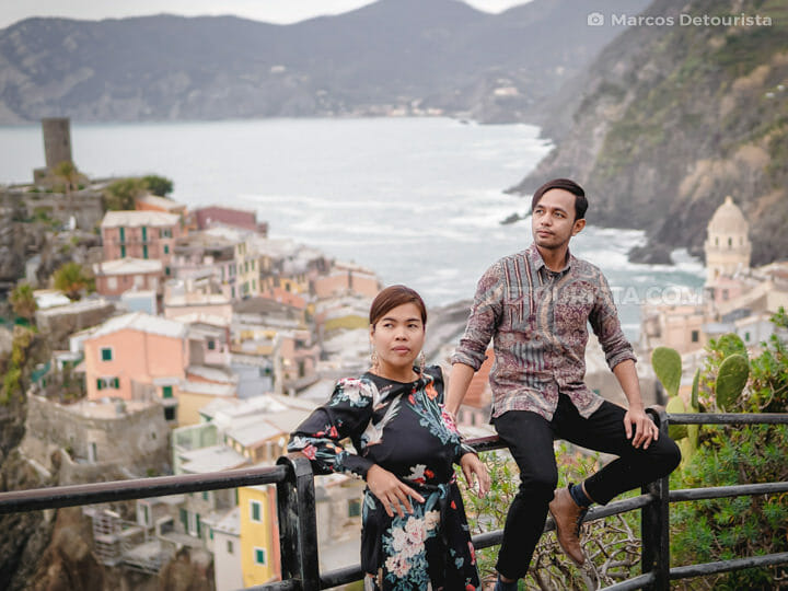 Marcos and Gael (thepinaysolobackpacker) in Vernazza, Cinque Terre, Italy