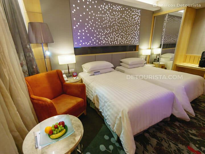 Sunway Pyramid Hotel twin room