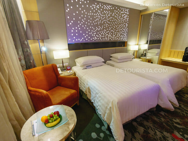 Sunway Pyramid Hotel twin room, near Kuala Lumrpur, Malaysia