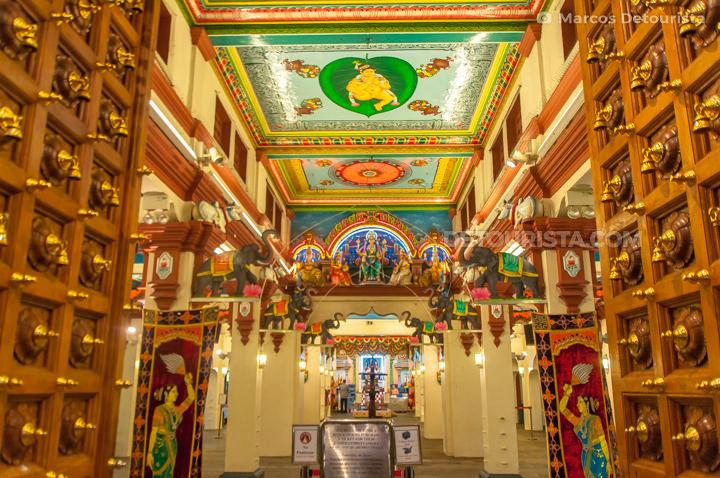 Sri Mariamman Temple in Chinatown, Singapore