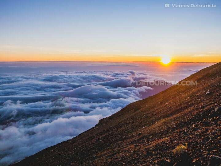 Mount Rinjani summit sunrise