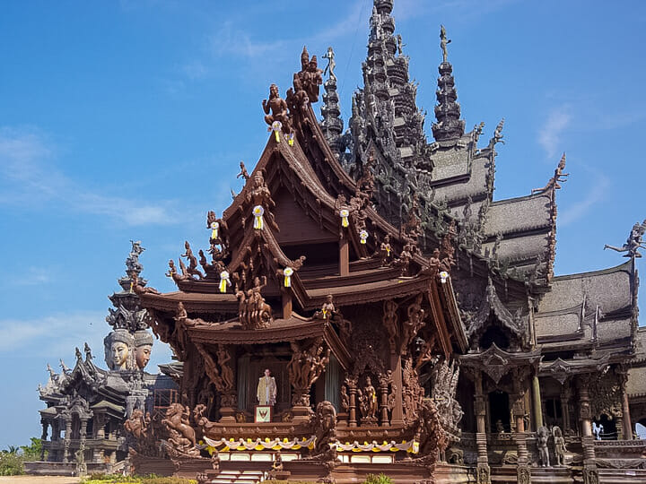 Pattaya Wood Temple