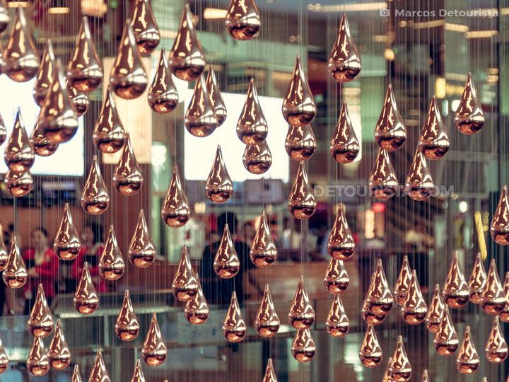 Changi Airport - Kinetic Rain Sculpture at Terminal 1, in Singapore
