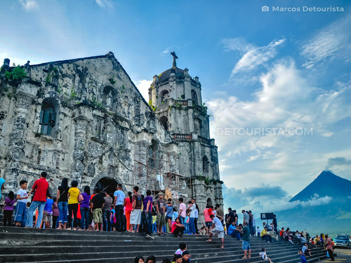 Daraga Church & Mayon Volcano