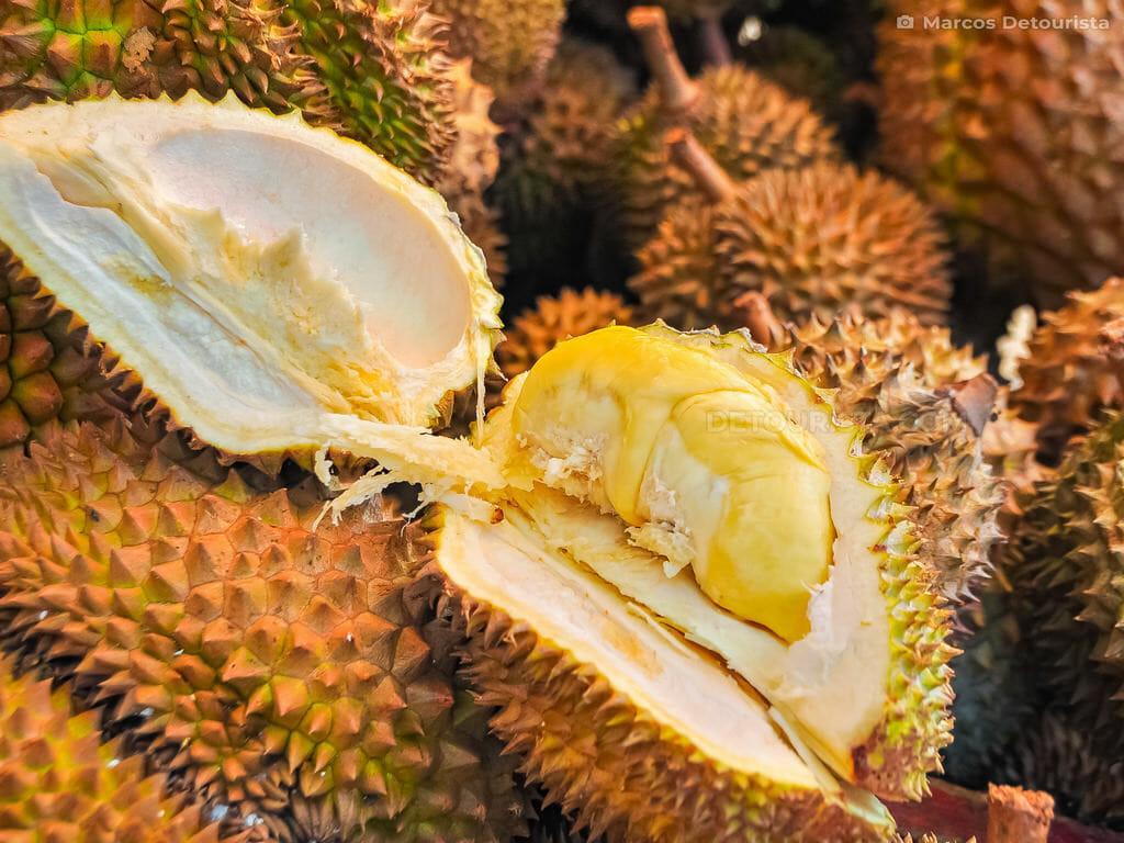 Bangkerohan Market durian stall, Davao City