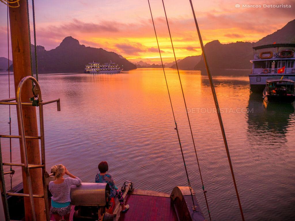 Ha Long Bay sunrise, Vietnam